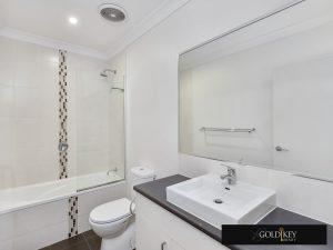 Bathroom -Gold Key Realty-4_222_Franklin_Street_Annerley QLD4103