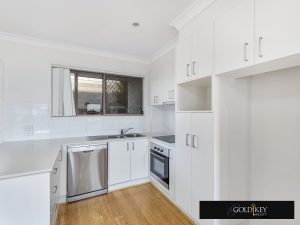 Kitchen-Gold Key Realty-4_222_Franklin_Street_Annerley QLD4103