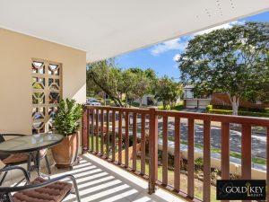 Balcony_Front_48_Dirkala_Street_Mansfield_4122_Gold_Key_Realty_Kassandra_Duvall