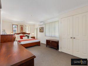 Bedroom_Master_48_Dirkala_Street_Mansfield_4122_Gold_Key_Realty_Kassandra_Duvall
