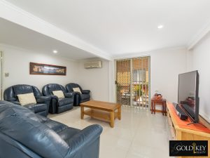 Family Room_48_Dirkala_Street_Mansfield_4122_Gold_Key_Realty_Kassandra_Duvall