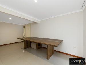 Family_Room_2_48_Dirkala_Street_Mansfield_4122_Gold_Key_Realty_Kassandra_Duvall